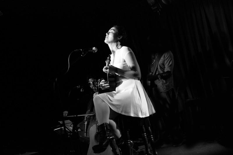 Jasmine Rodgers | Live